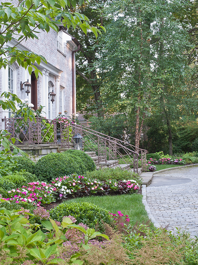 The LaurelRock Company - Residential Landscaping in CT - Back Country Manor - Front Garden