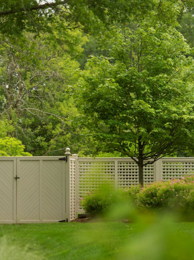 The LaurelRock Company - Residential Landscaping in CT - Green Farms - Gates and Fences